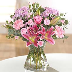 Send Flowers To France Order Online Serenata Flowers