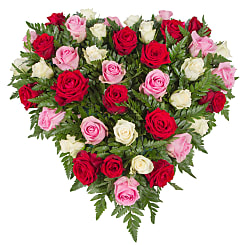 Rose Trio Heart - Hampers