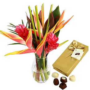 Flower bouquet Amazonia with Chocolates