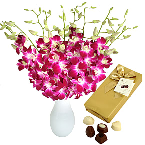 Flower bouquet Bali Hai with Chocolates
