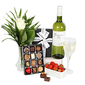 Gift delivery White Wine and Chocolates