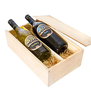 Gift delivery New World Chardonnay and Merlot