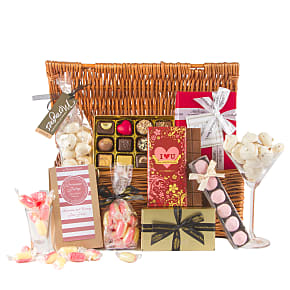 Gift delivery I Heart U Chocolate Hamper