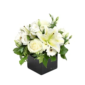 Flower bouquet Pearly White