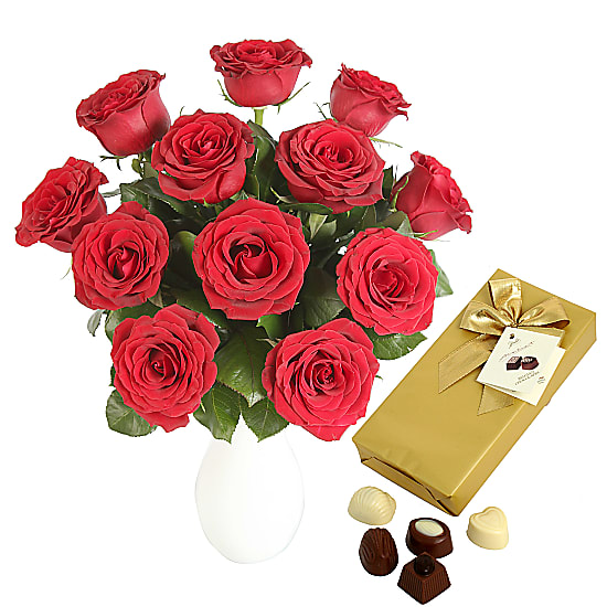 A Dozen Red Roses with Chocolates-Giftwrap