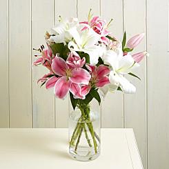 Flower Bouquet Lush Lillies