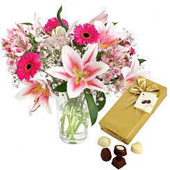 Flower bouquet Oriental Breeze with Chocolates