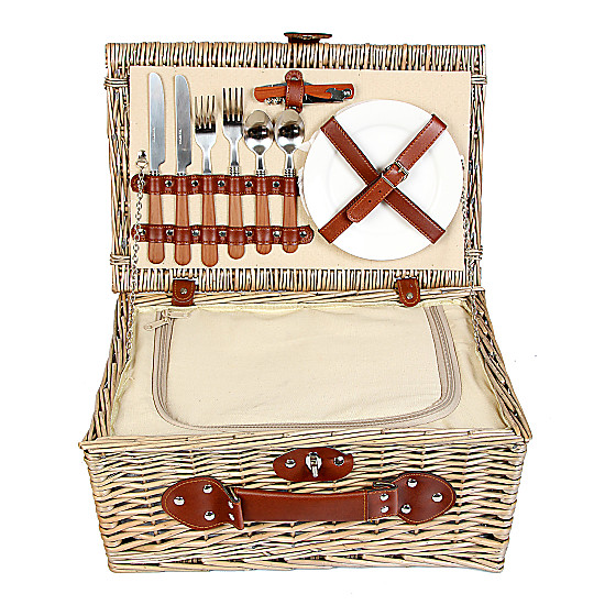 Picnic Hamper with Champagne