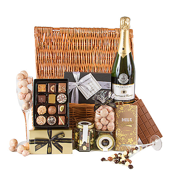 Serenata Flowers Champagne and Chocolate Hamper Picture