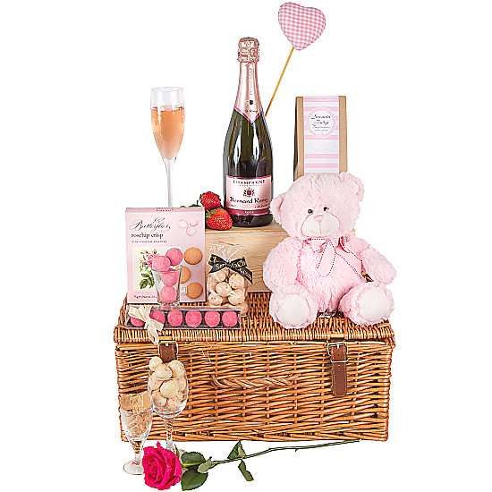 Serenata Flowers Love You Hamper Picture