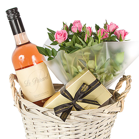Rose wine gift basket delivered next day for Next day wine gifts