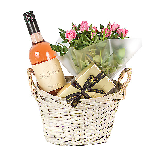 Serenata Flowers Rose Wine Gift Basket Picture