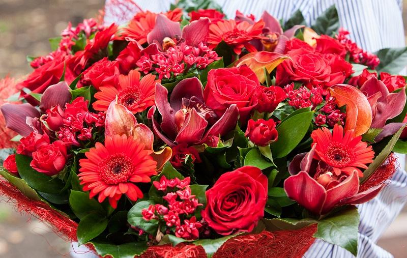 Bouquet De Fleurs Pour 50 Ans De Mariage éclosion